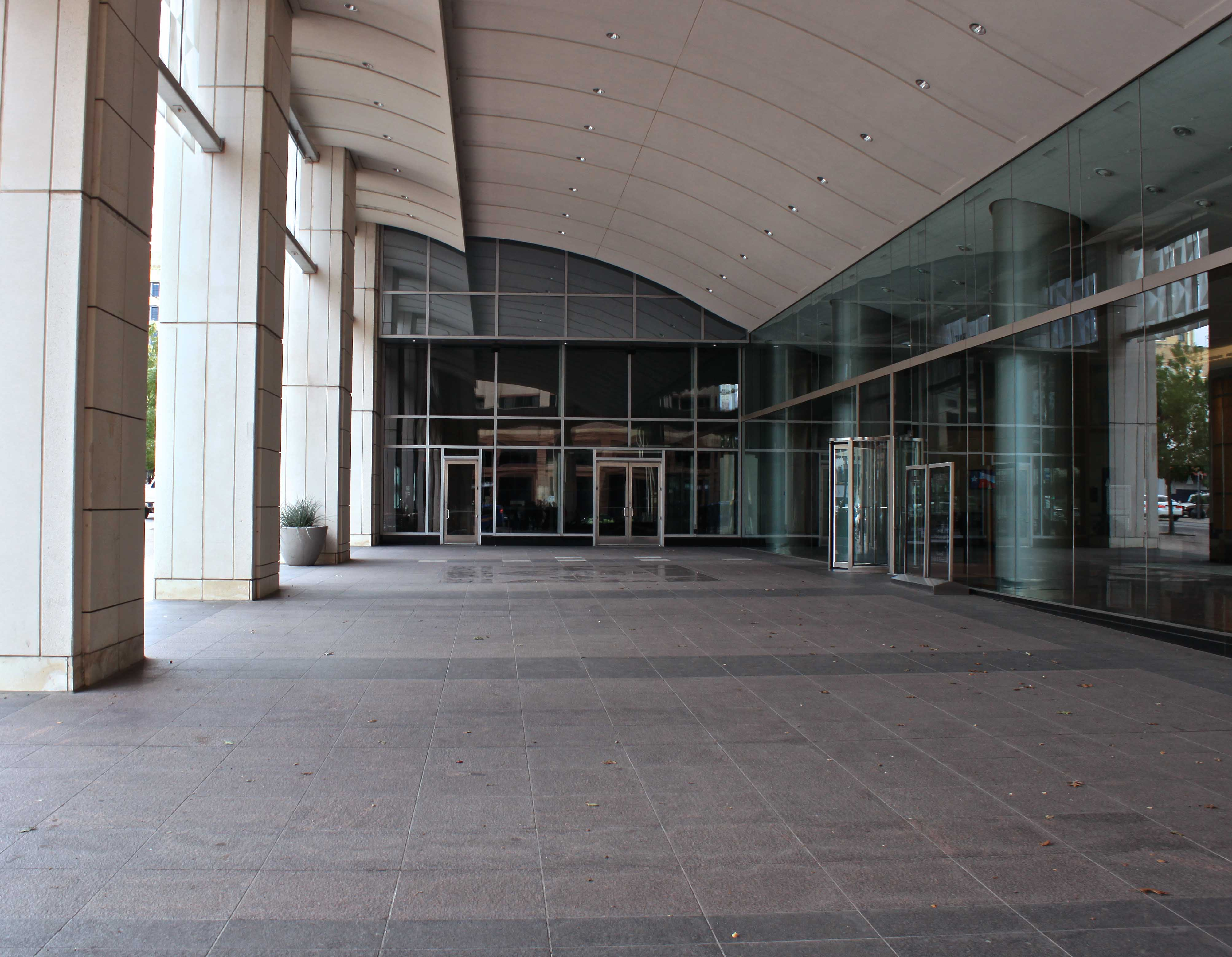 Frost Bank Plaza
