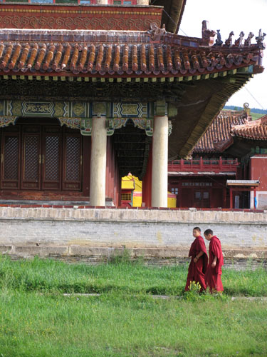 Two monks at Tsogchin Dugan Temple, Amarbayasgalant Monastery in Selenge | Photographer Michael Bricker