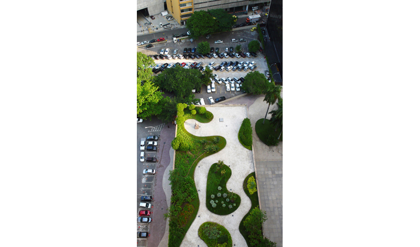 Roberto Burle Marx, terrace garden at the Ministry of Education and Public Health, Rio de Janeiro, 1945 | Kristine Stiphany, Photographer