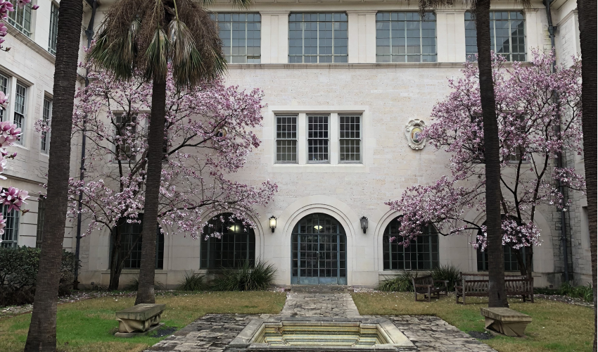 goldsmith courtyard fountain and blossoms