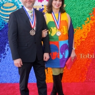 Craig Dykers and Elaine Molinar Walk the Red Carpet at the 2019 TMAA Awards
