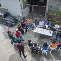 Students Meet with La Campana Residents