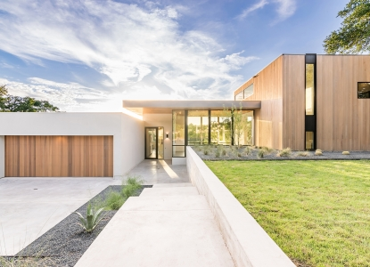 MF Architecture's Bracketed Space House