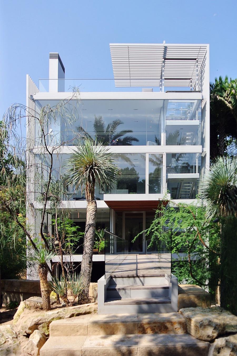 Miro Rivera Vertical House