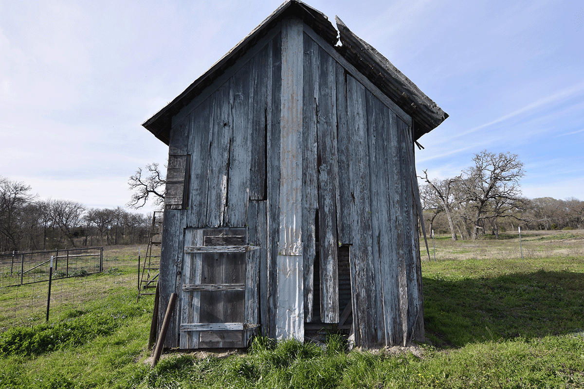 Bassett Farms Seed Shed