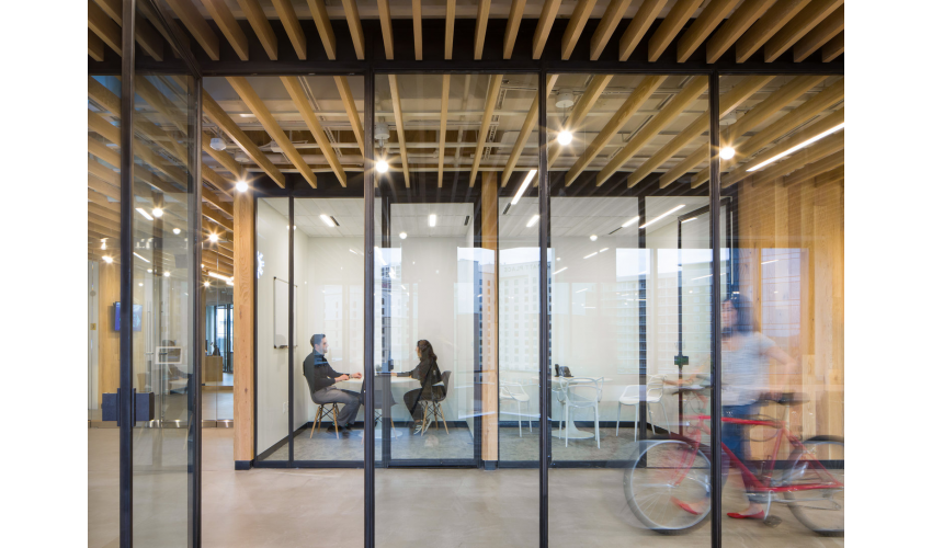 RigUp Office by Matt Fajkus Architecture Small Meeting Rooms